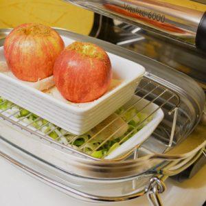Étape 4 : déposez les pommes dans leurs ramequins