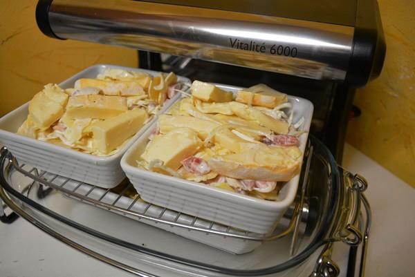 Plat combiné : tartiflette et cake aux pommes à la cuisson vapeur douce
