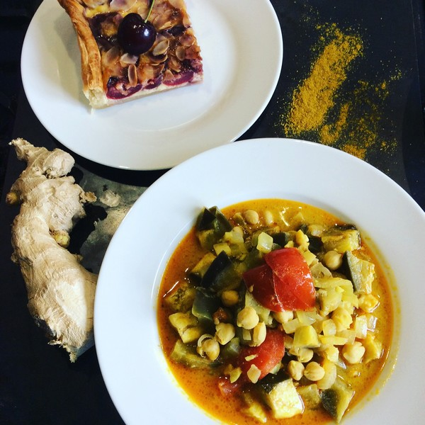 Recette d'un curry d'aubergines et sa tarte aux cerises