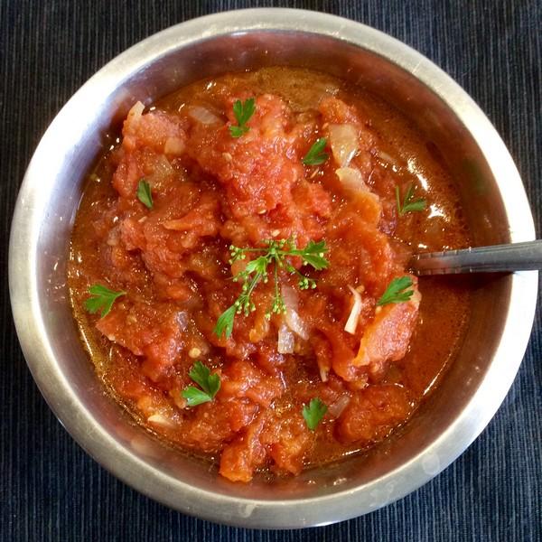 Une sauce tomate à la vapeur douce