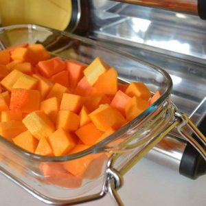 Découpez les légumes en cubes