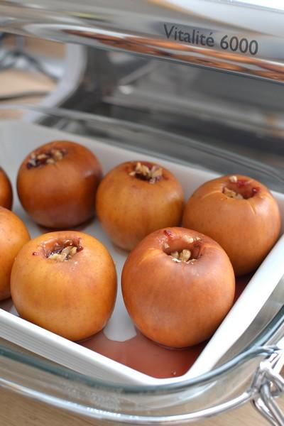 Des pommes cuites à la vapeur douce