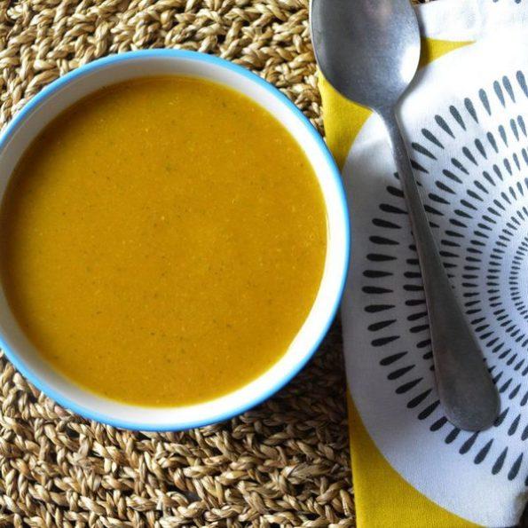 Une soupe d'été à l'omnicuiseur