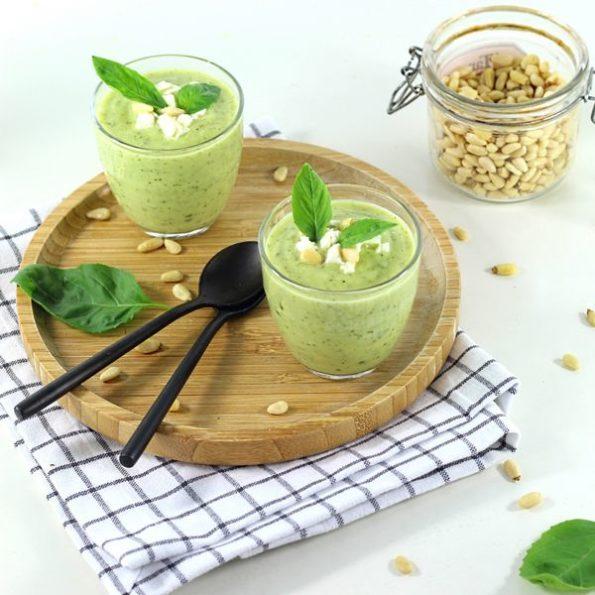 Une soupe froide à l'omnicuiseur pour l'été
