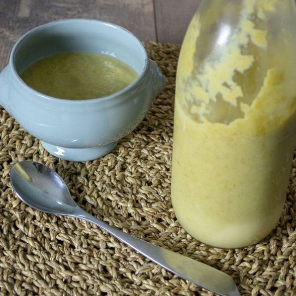 Une soupe de légumes d'automne à l'omnicuiseur
