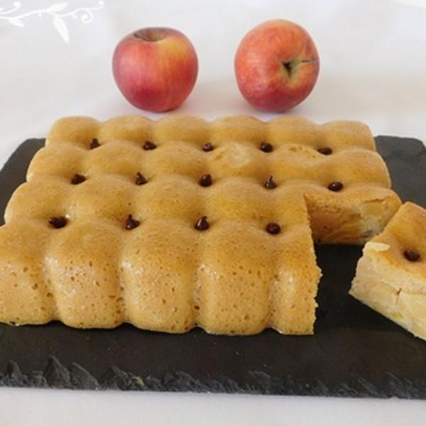 Un gâteau de semoule à l'omnicuiseur