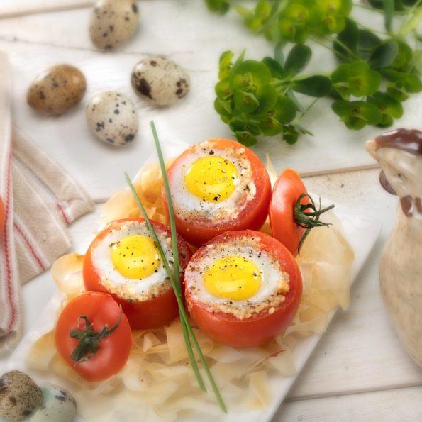 œufs-de-cailles-en-cocotte-de-tomate
