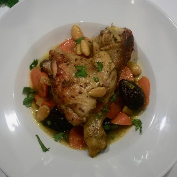 Un poulet au pruneau à la cuisson basse température