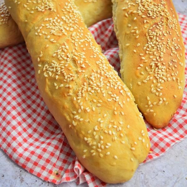 Une baguette de pain à l'omnicuiseur