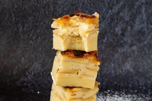 Un gâteau de pommes à l'omnicuiseur