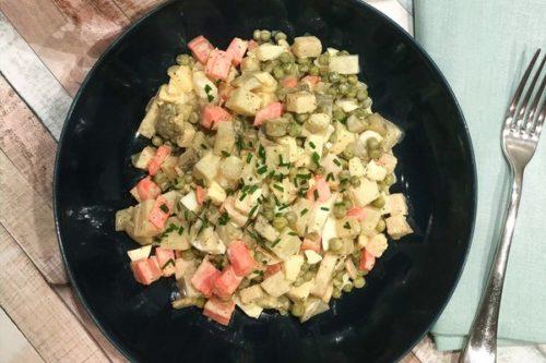 Une salade de légumes à l'omnicuiseur