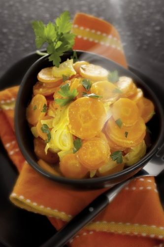 Des carottes braisées à la vapeur